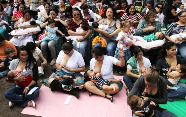 Mexican Mothers Join Global Breastfeeding Event-3976