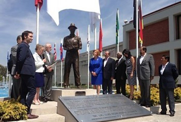 Unveiling of statue Thursday at CIMMYT