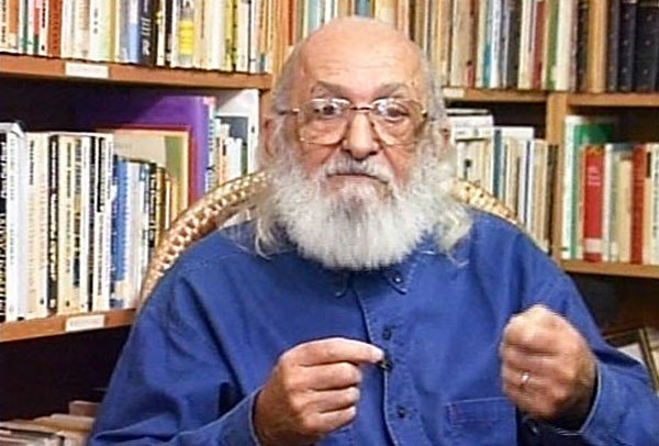 the arguments of paolo freire on the banking education system in pedagogy of the oppressed 180 critical library instruction literacy education into the kind of banking education that paulo freire (2000) cautions against in pedagogy of the oppressed: education thus becomes an act of depositing, in which the students are the.