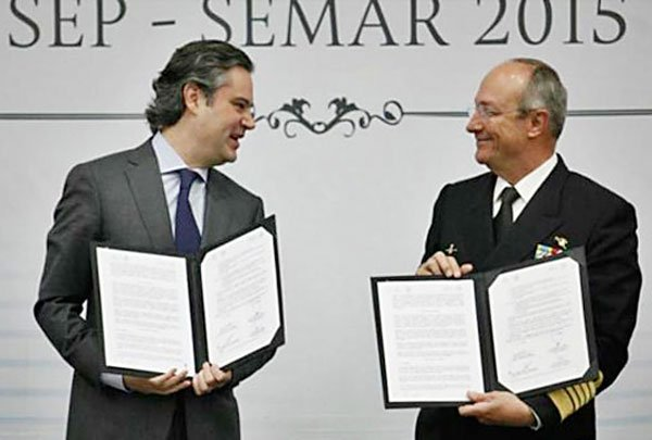 Nuño, left, and Soberón: promoting English.