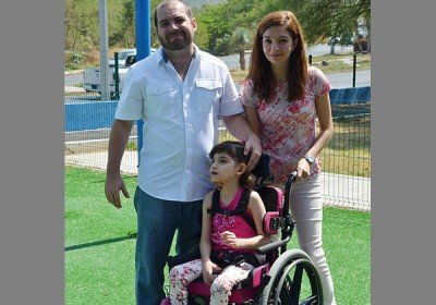 Grace and her parents: treatment approved