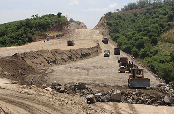 Construction on one of Oaxaca's new highways