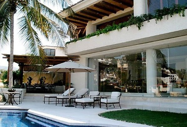 House for sale in Acapulco.
