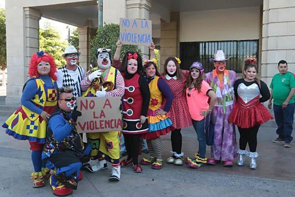 Clowns protest in Hermosillo