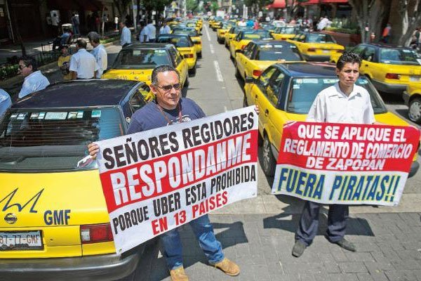 Taxi protest in Guadalajara.