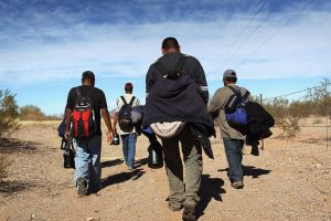 Migrants head for the border: their numbers are fewer.