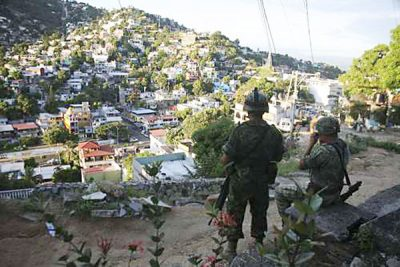 Soldiers on patrol in Acapulco.