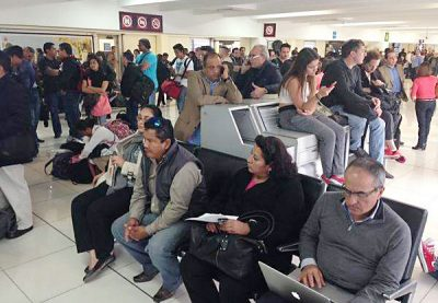 Mexico City airport: expect delays