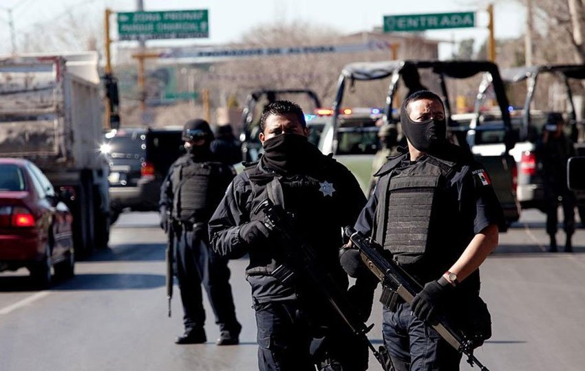 Security forces on patrol in Sinaloa.