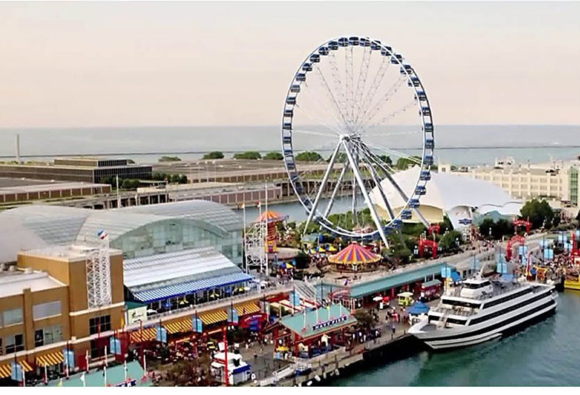 Chicago's Centennial Wheel: one like it is going up in Cancún.