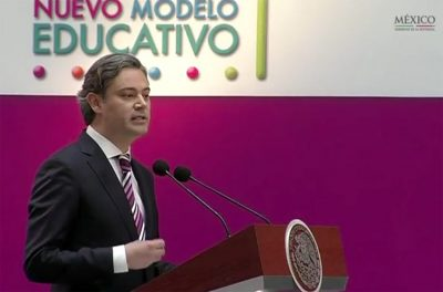 Education Secretary Nuño at yesterday's presentation of the new model.