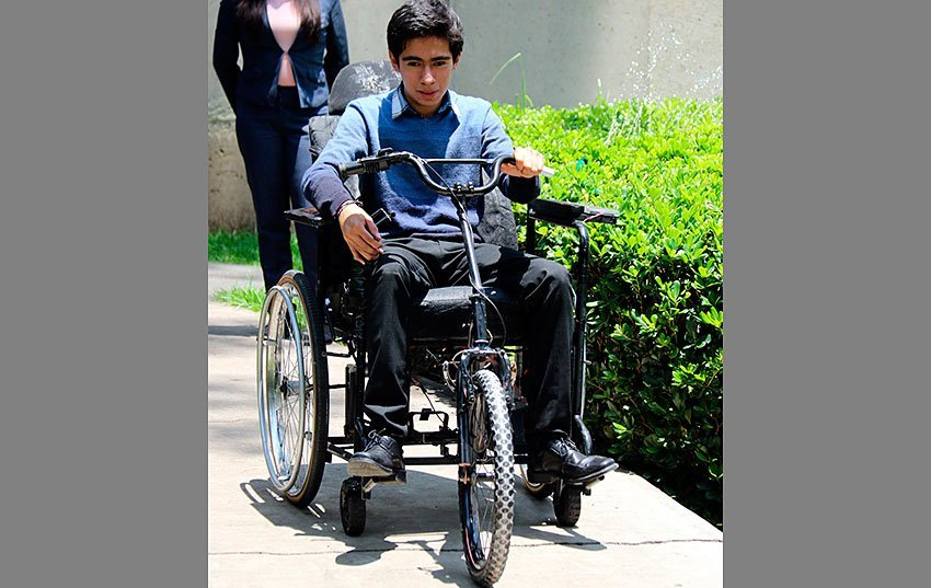 Students Design Electric Wheelchair Powered By Solar