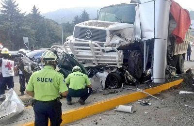 Scene of this morning's accident in State of México.
