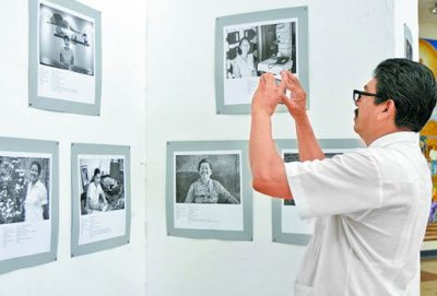 An exhibition of photos of Japanese immigrants.