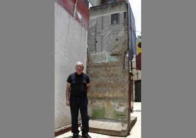 Sordo Noriega and his piece of the Berlin Wall.