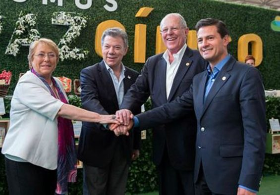From left, Michelle Bachelet of Chile, Juan Manuel Santos of Colombia, Pedro Pablo Kuczynski of Peru and Peña Nieto at the Cali meeting.