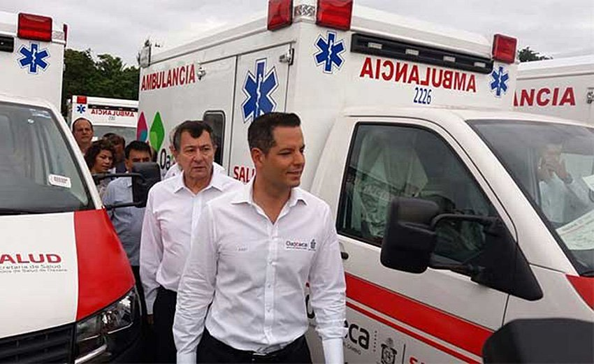 Murat inspects the state's new ambulances.