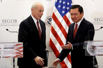 Kelly, left, and Osorio Chong met this week in Mexico.