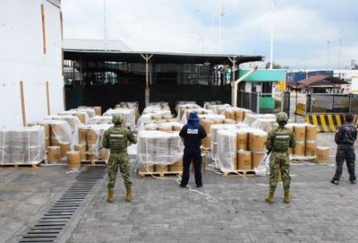 Marines stand guard over drug precursor in Manzanillo.