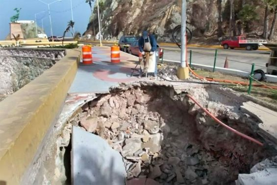 Construction project in Mazatlán where fiber optics cable was apparently damaged.