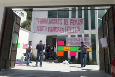Hunger strikers in Chilpancingo.