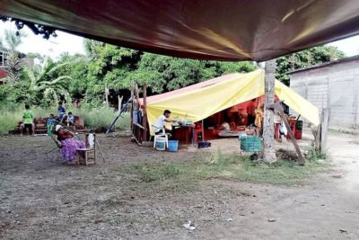 A family's campsite in the Isthmus of Tehuantepec.