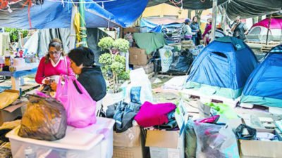 Quake victims camping in Mexico City.