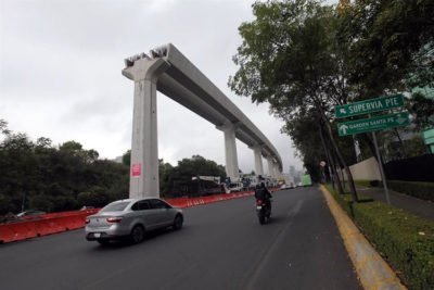An elevated section of Mexico City-Toluca train.
