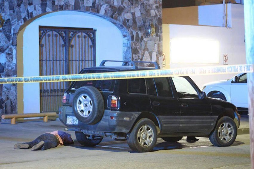 A murder scene yesterday in Los Cabos.