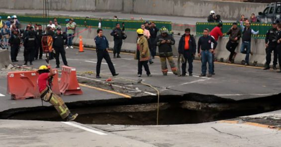 The sinkhole that appeared in July on the Paso Express.