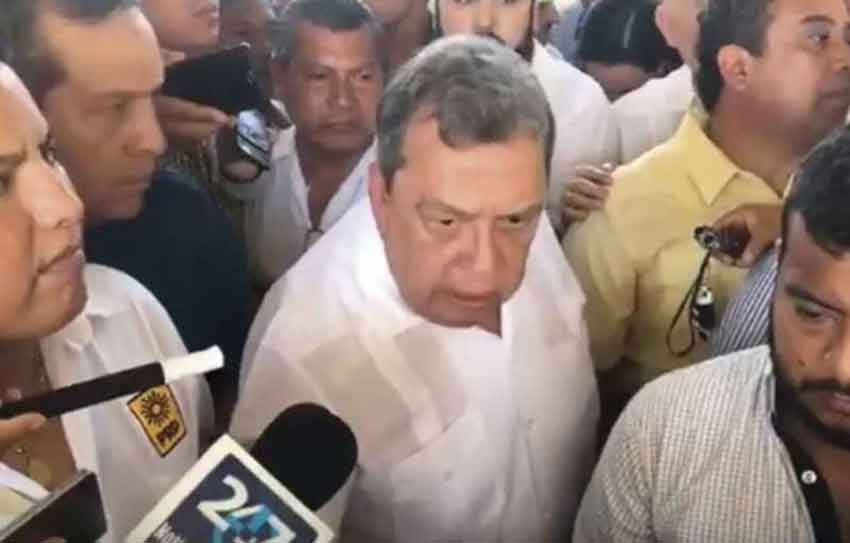 The flustered ex-governor of Guerrero yesterday.