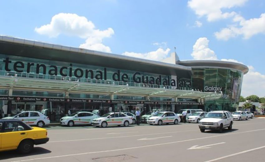 The Guadalajara airport, where landowners continue their protest.