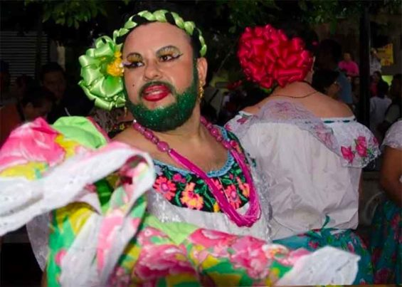 Man dressed as a woman for annual Chiapas festival.