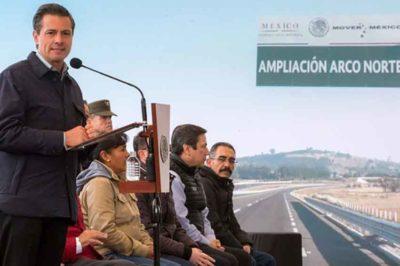 Peña Nieto speaks yesterday in Mexico state.
