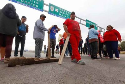 Not a welcoming party: Chihuahua marchers were turned away in Durango.