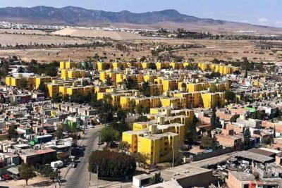 San Luis Potosí: the color is Pantone 116.