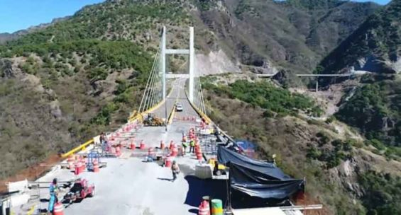 The El Carrizo bridge, currently under repair.