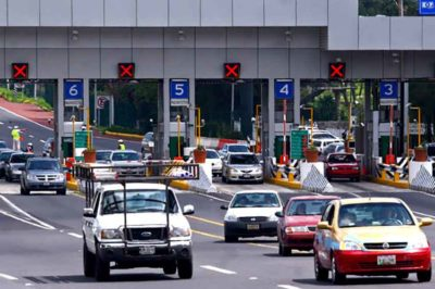 A toll highway in Mexico: they're unconstitutional, organization charges.