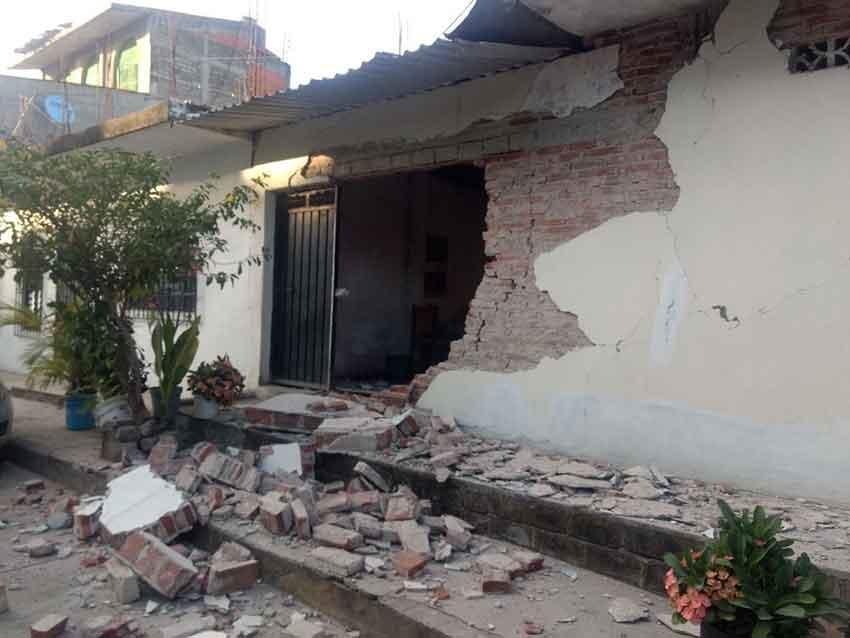Quake damage this evening in Oaxaca.