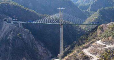 El Carrizo bridge on the Durango-Mazatlán highway.