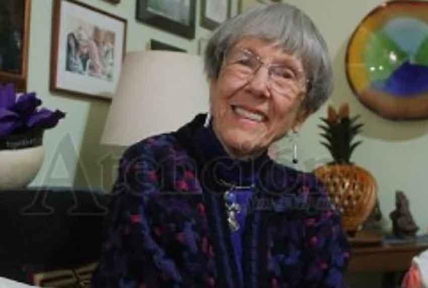 Rotary Citizen of the Year Betse Davies.