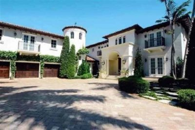 A Florida mansion allegedly purchased by Javier Duarte with state funds.