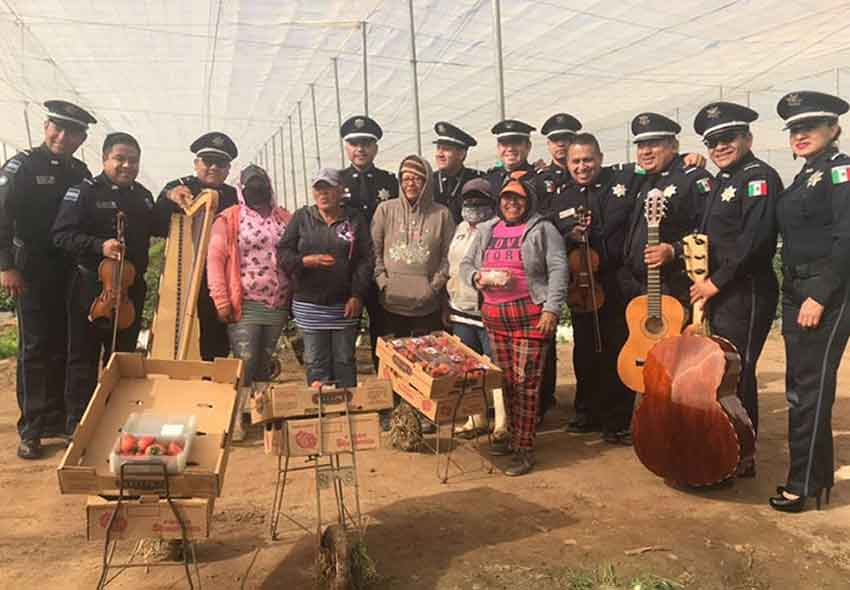 Federal Police musicians and farmworkers in Baja California.