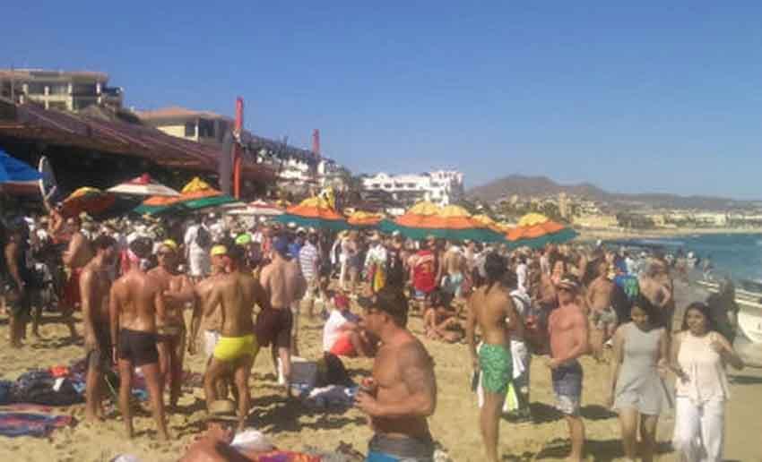Spring Break Visitors Enjoy The Beach In Los Cabos