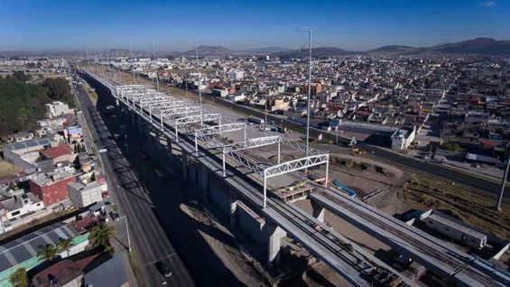 The new rail line under construction between Mexico City and Toluca.