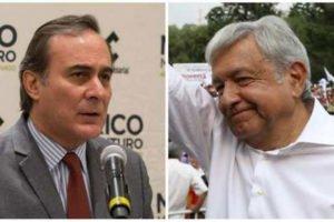 Castañon, left, and AMLO: airport analysis canceled.