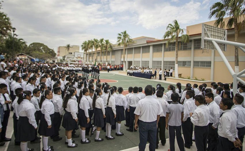 The reopening ceremony of the school in Juchitán.
