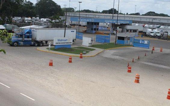 A Walmart distribution center in Tabasco.