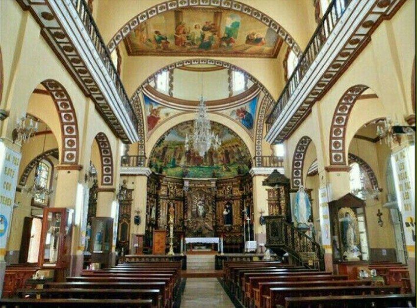 Inside the church of San Juan Bosco.