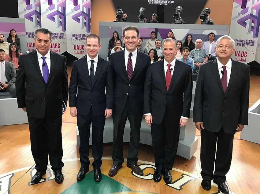With electoral institute head Lorenzo Córdova, center, are candidates Rodríguez, Anaya, Meade and López Obrador.